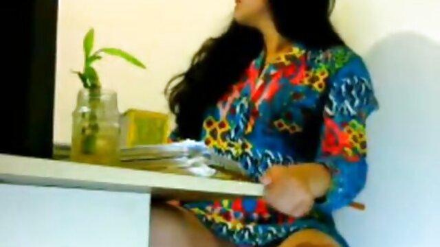 बस्टी एशियन स्ट्रिप्ड, प्लांटेड, बफ फुल सेक्सी फिल्म गड़बड़ और कम्ड पर
